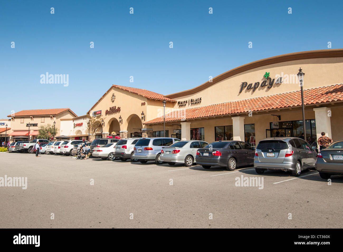 Stores at the Camarillo Premium Outlets. - Stock Image