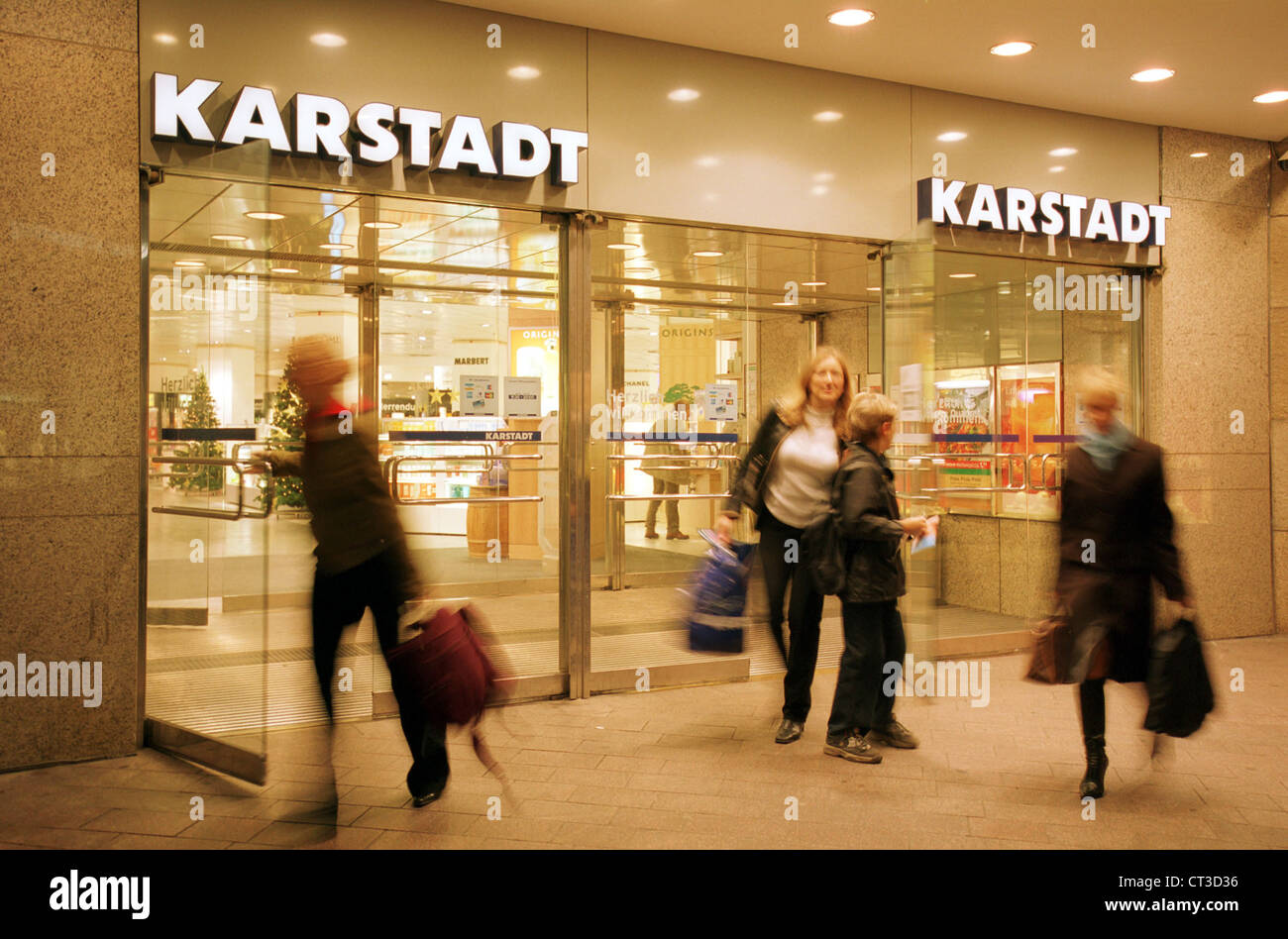 Karstadt to close six stores as a new CEO is named recommend dress for winter in 2019