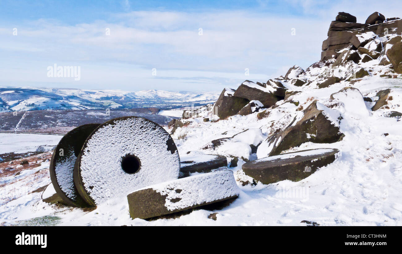 Snow covering the wheelstones on Stanage Edge Derbyshire Peak District national park England GB UK EU Europe Stock Photo