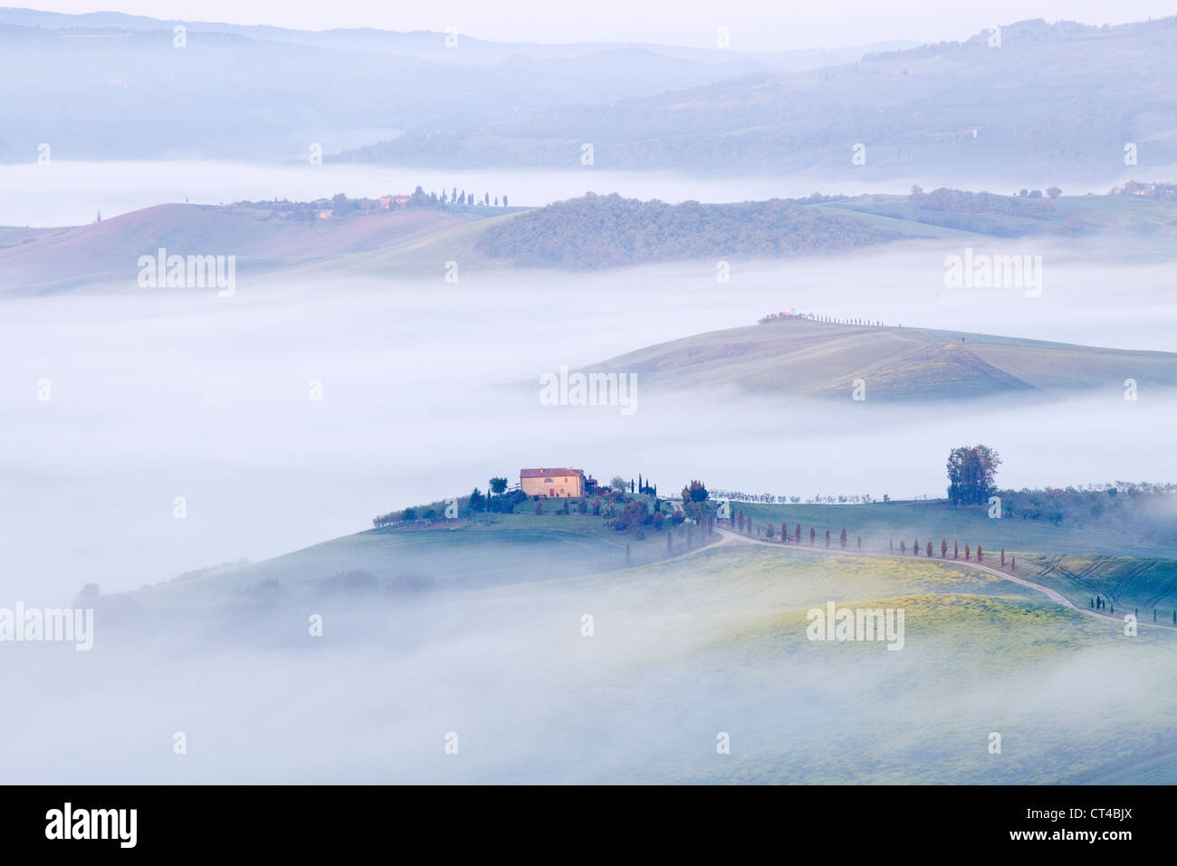 Pienza, Tuscany - Early morning misty view from Pienza towards  Val d'Orcia in May Stock Photo