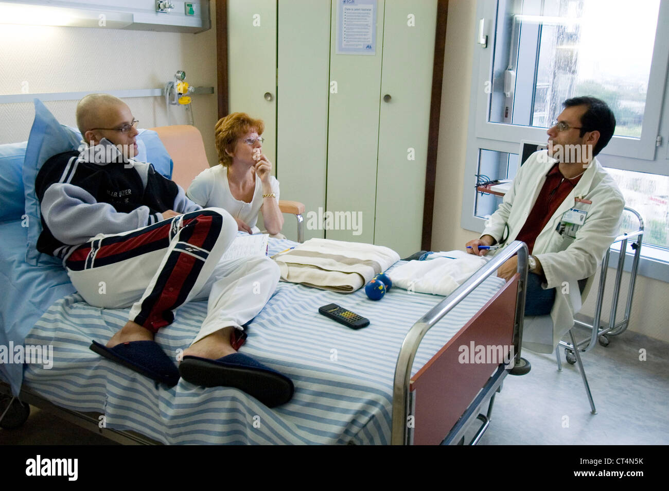 CANCER, MAN Stock Photo: 49276911 - Alamy