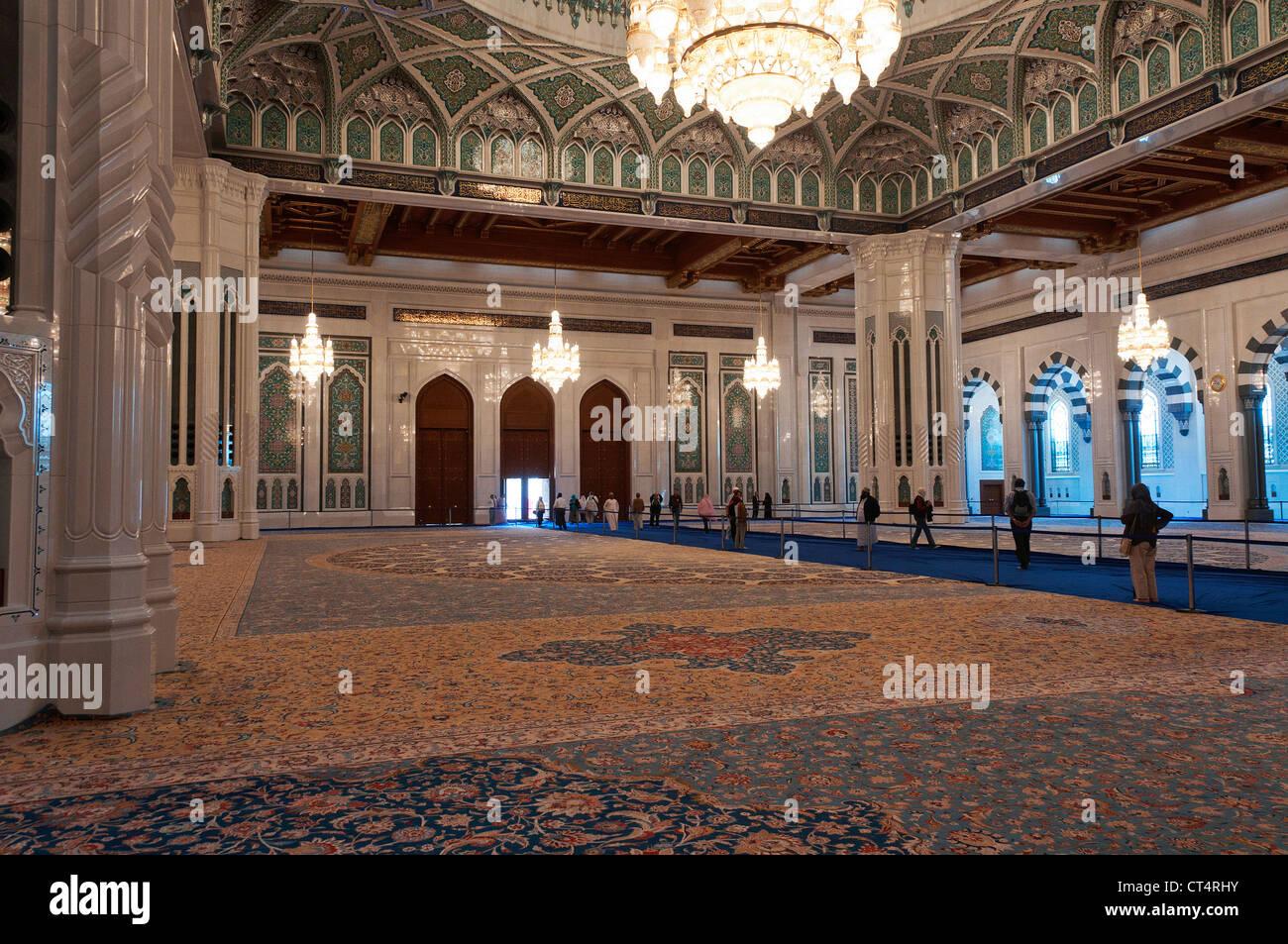 Elk207-1345 Oman, Muscat, Al Ghubrah, Sultan Qaboos Grand Mosque, prayer hall - Stock Image