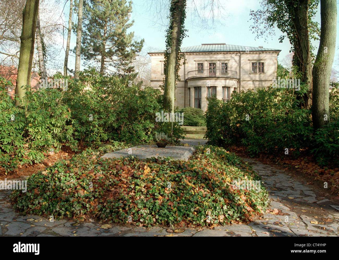 The grave of Richard Wagner and the Villa Wahnfried in Bayreuth Stock Photo