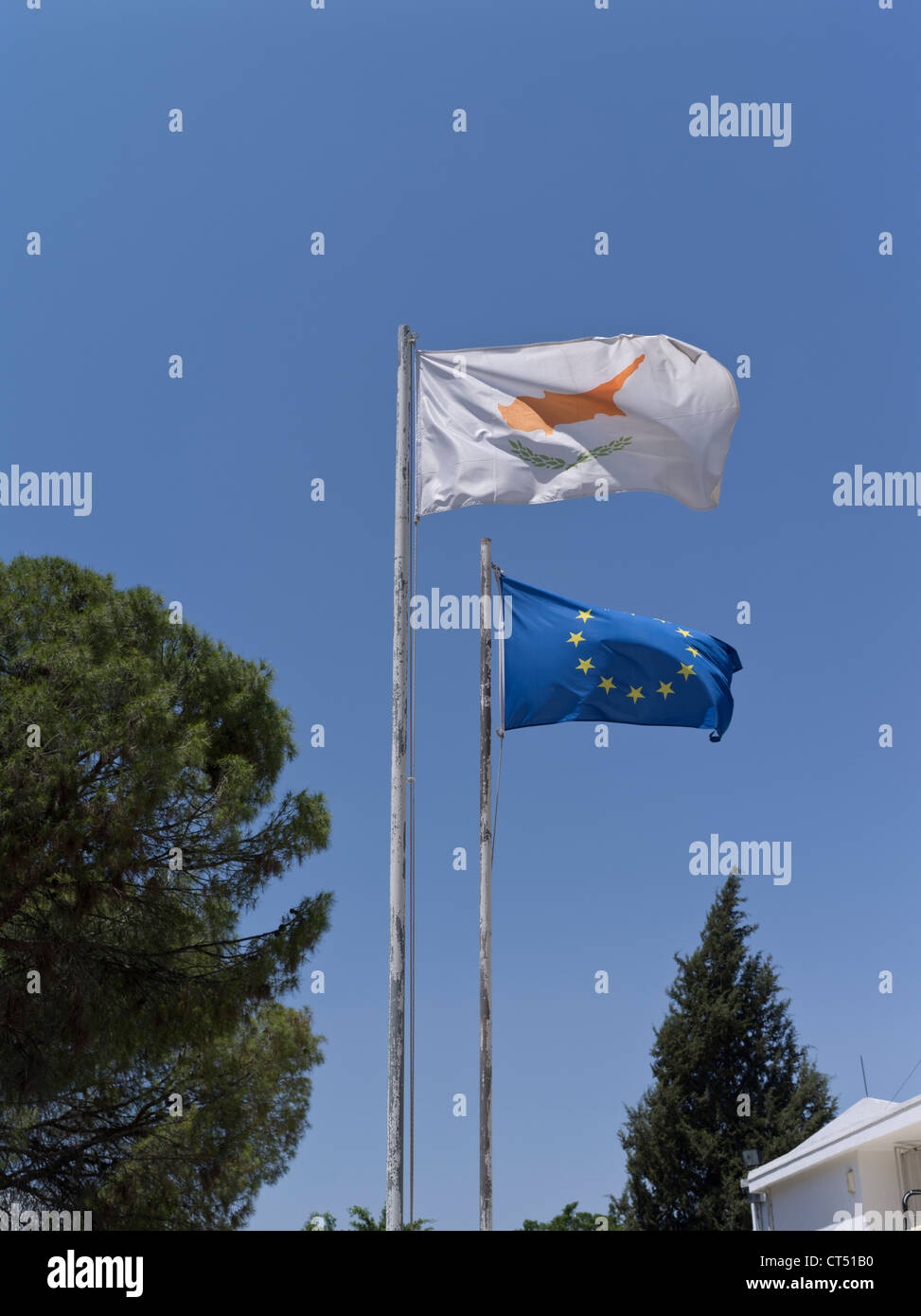 dh  FLAGS CYPRUS Southern Cyprus flag and EEC flag - Stock Image