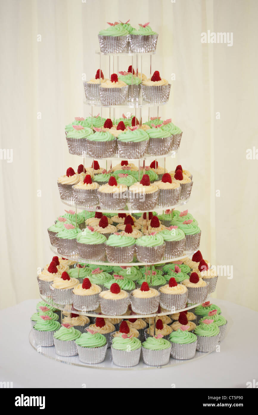 Cupcakes in tiers - Stock Image