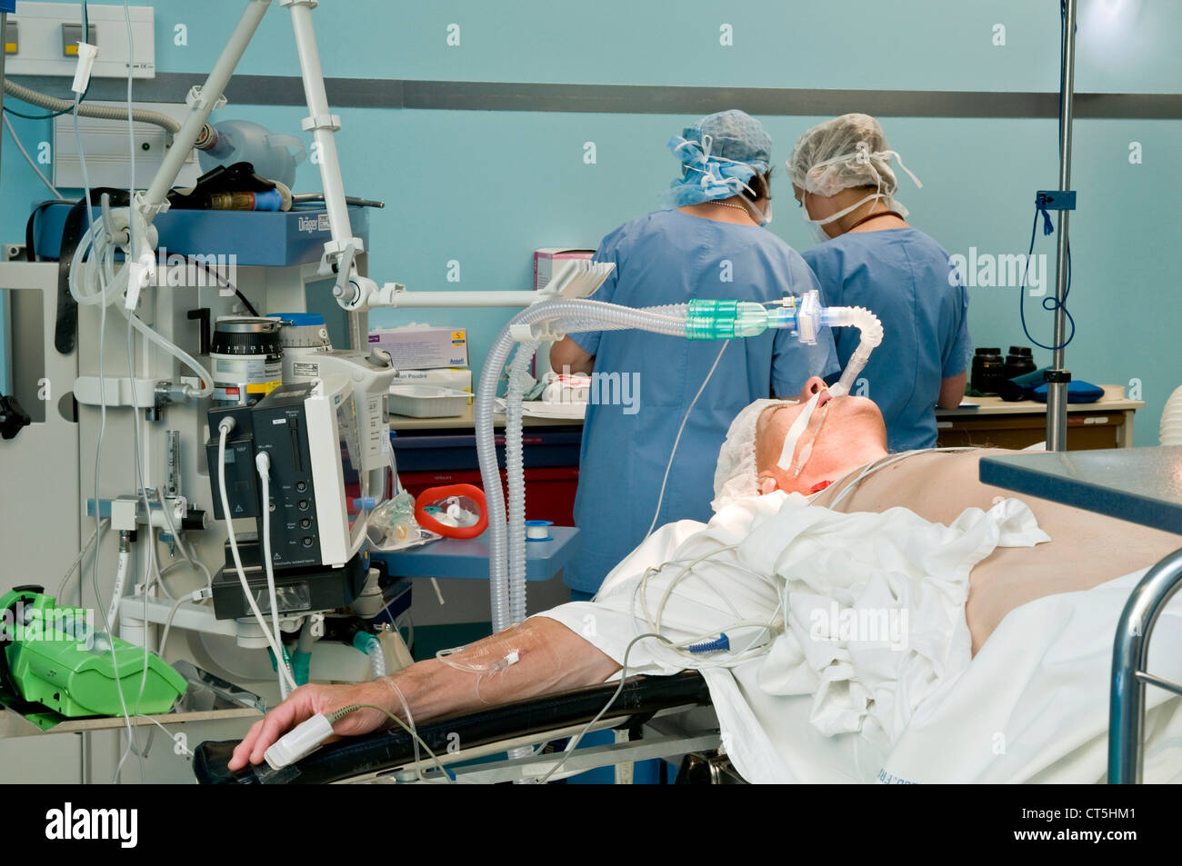 GENERAL ANESTHESIA - Stock Image