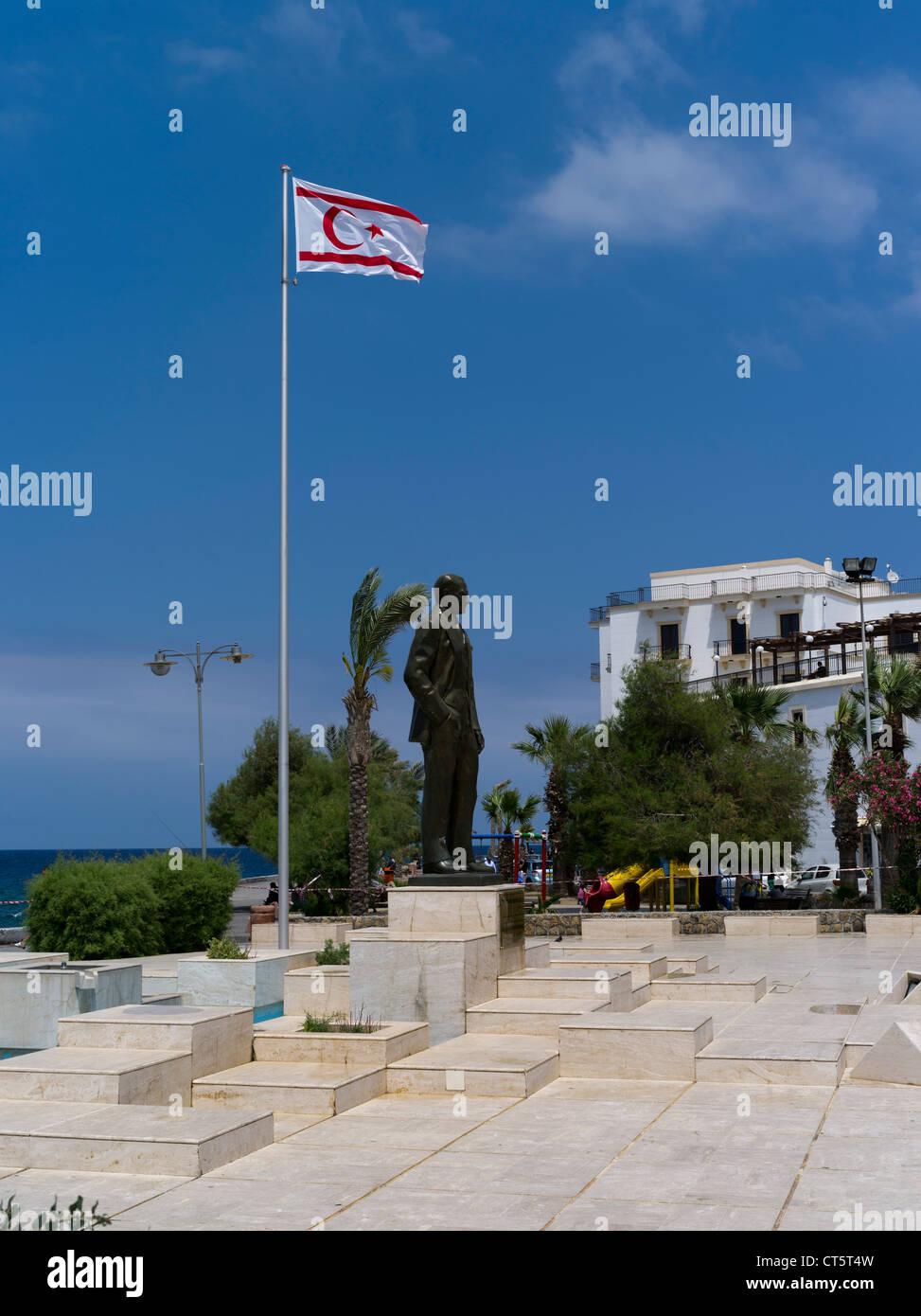 dh Mustafa Kemal Ataturk statue KYRENIA NORTHERN CYPRUS Flag Turkish republic of Northern Cyprus north - Stock Image