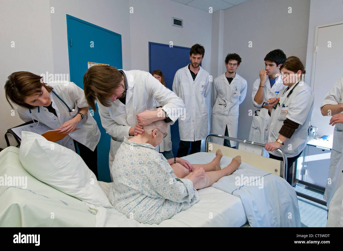 MEDICAL SCHOOL - Stock Image