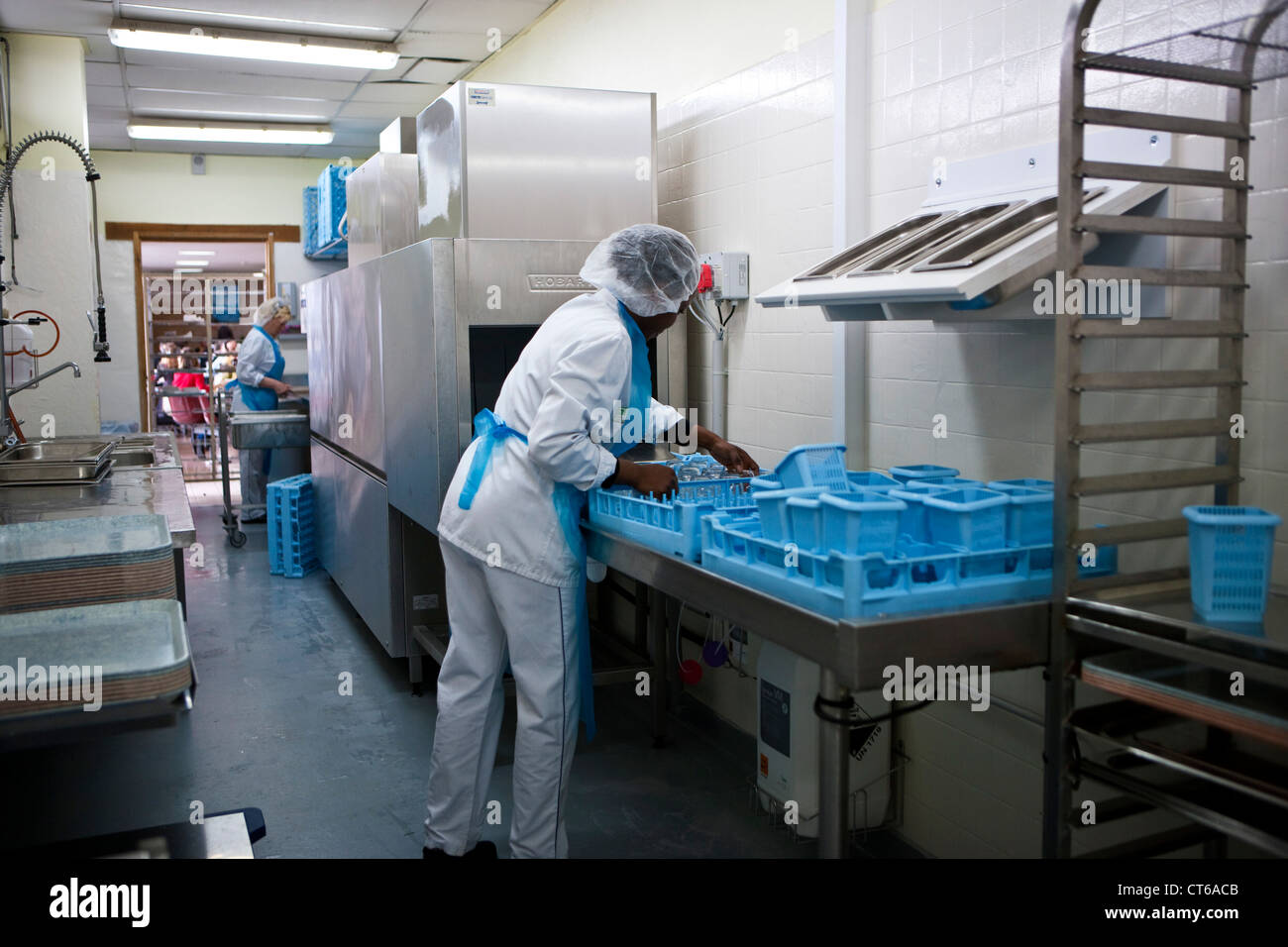 Kitchen Staff Canteen Stock Photos & Kitchen Staff Canteen Stock ...
