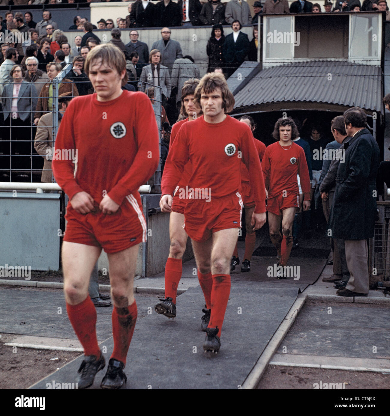 sports, football, Bundesliga, 1972/1973, Rot-Weiss Oberhausen versus Schalke 04 2:1, Niederrheinstadion in Oberhausen, - Stock Image