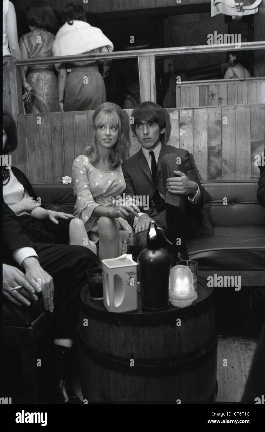 006134 - George Harrison & Pattie Boyd in the Saddle Room, London in 1964 Stock Photo