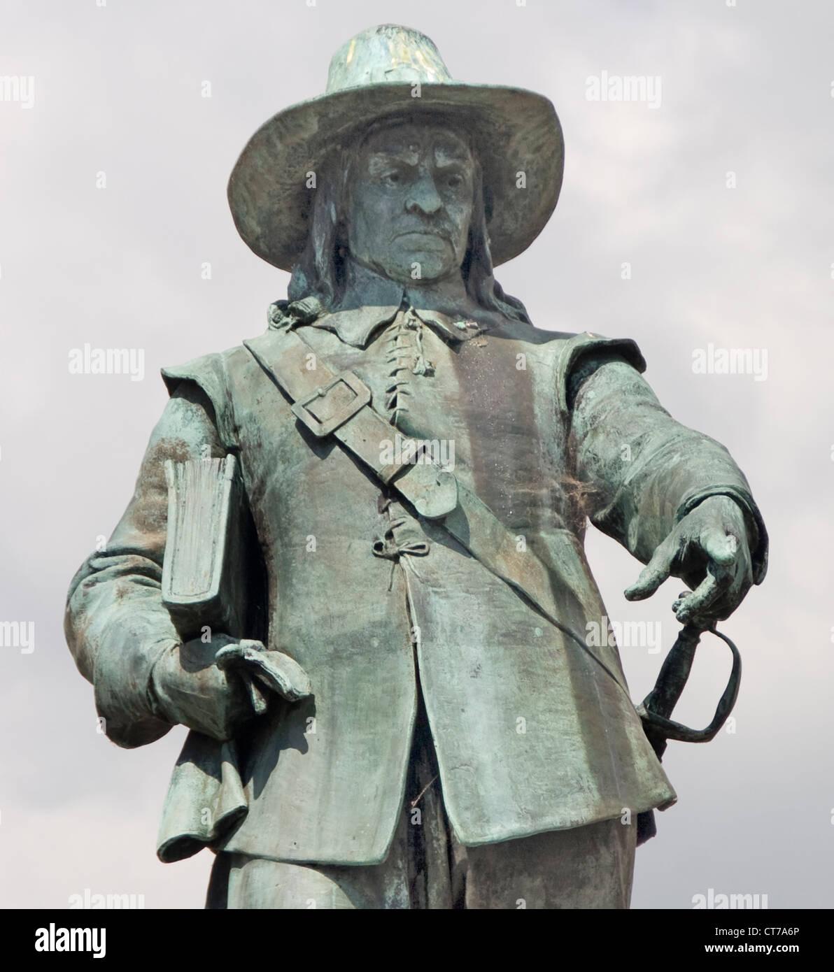 Oliver Cromwell statue St Ives Cambridgeshire England UK - Stock Image