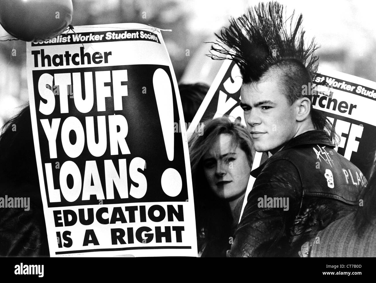 Students protesting in Brighton against proposed student loan policy by Prime Minister Margaret Thatcher in 1989 - Stock Image