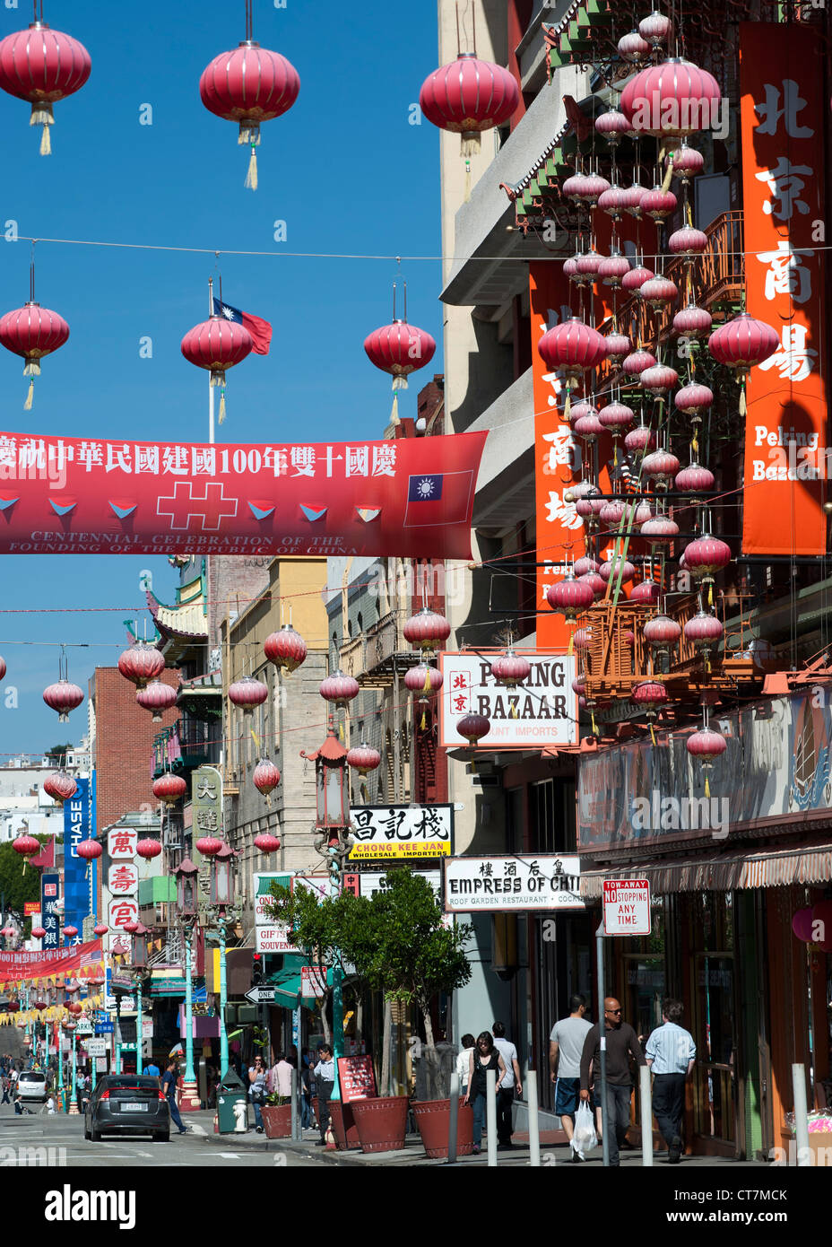 Grant Avenue in the Chinatown district of San Francisco, California, USA. - Stock Image