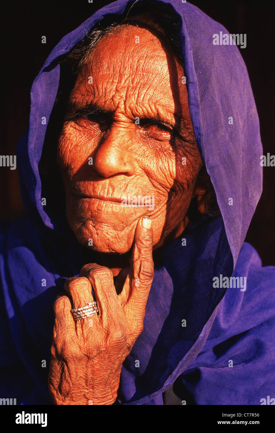 Untouchable woman belonging to a scavenger community ( India) - Stock Image