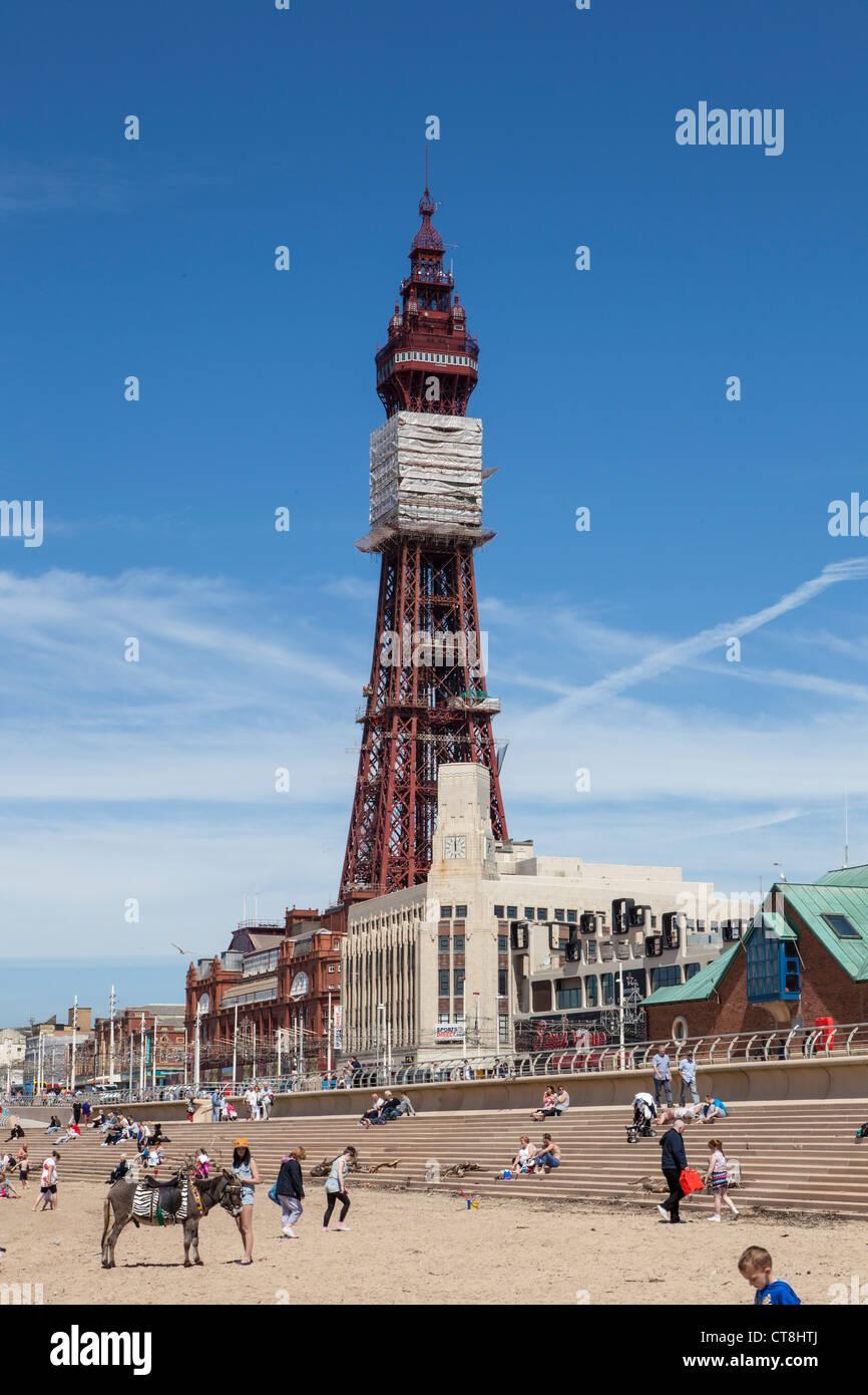 Blackpool Tower under repair - Stock Image