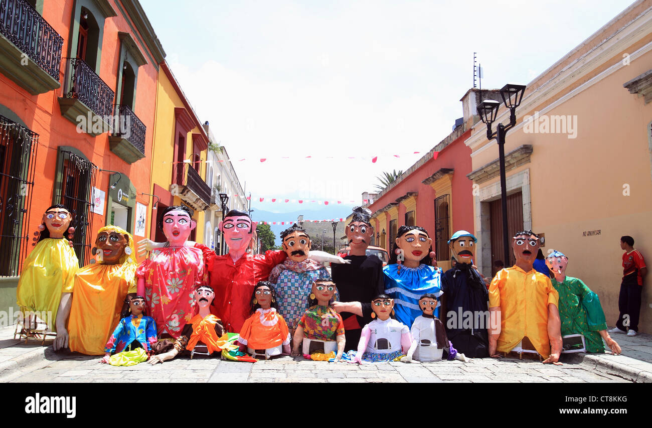 Giant Puppets in Oaxaca, Mexico. - Stock Image