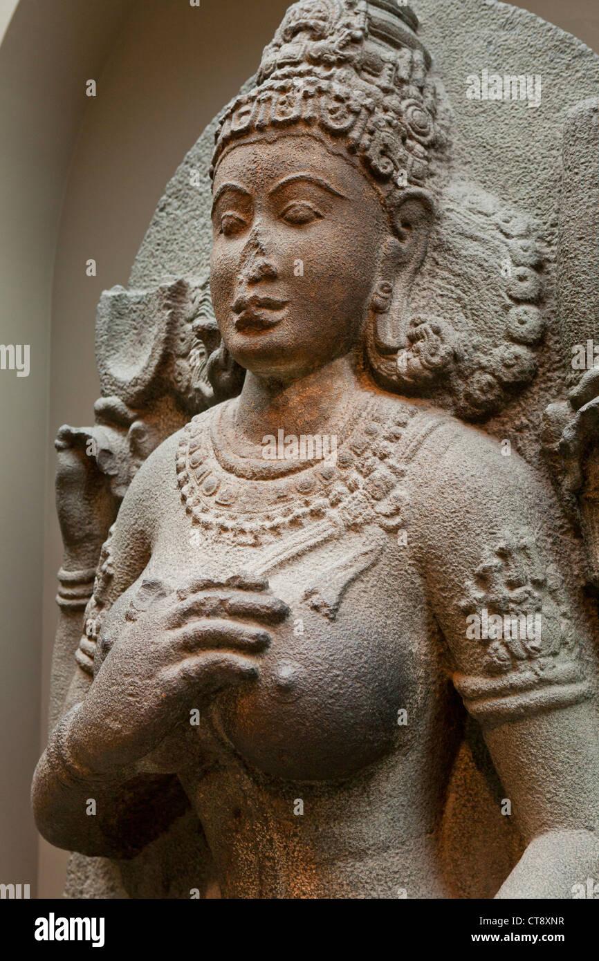 Yogini granite sculpture - South India, 10th century - Stock Image