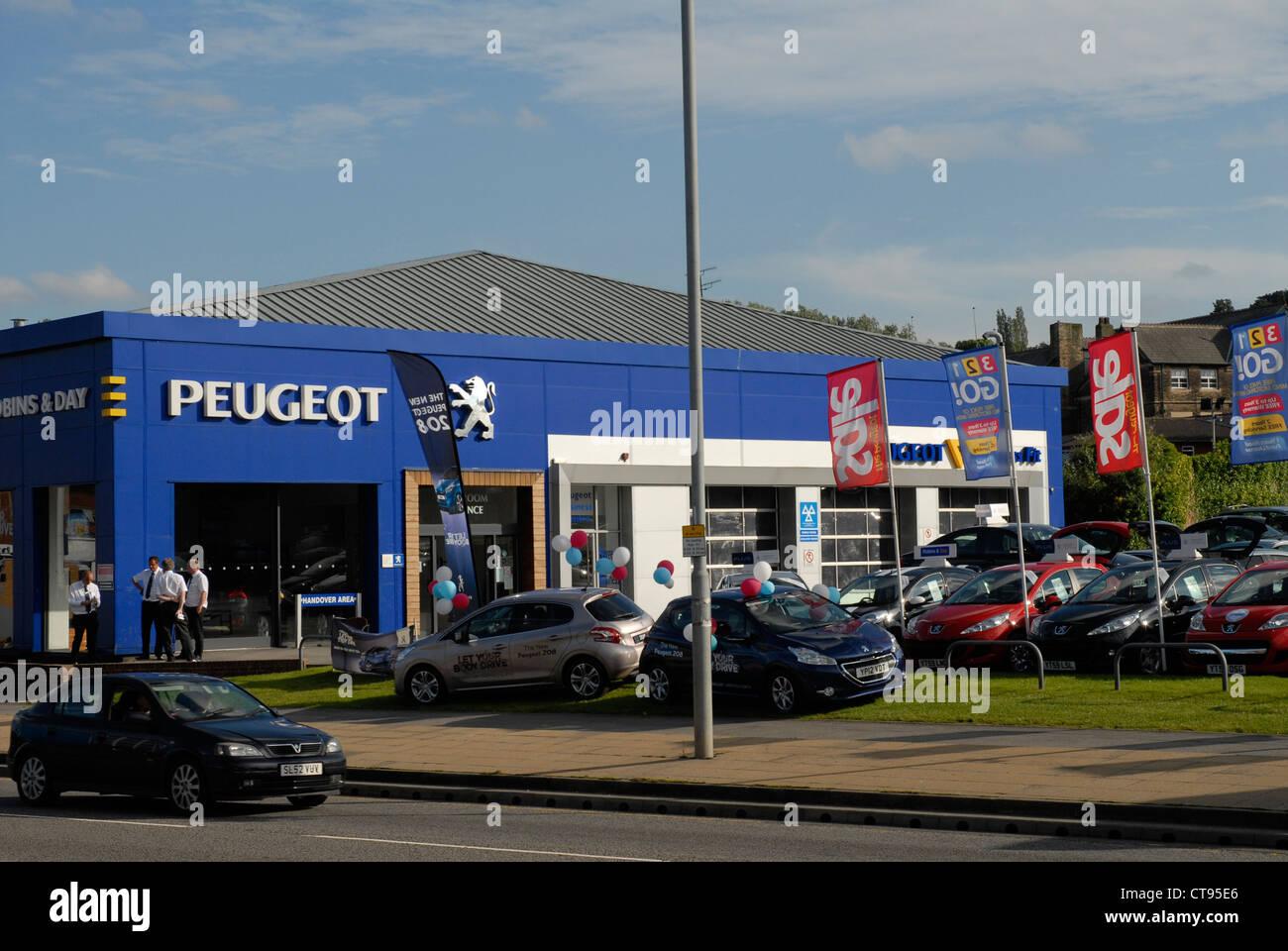Peugeot Garage Amsterdam : Peugeot showroom stock photos peugeot showroom stock images alamy
