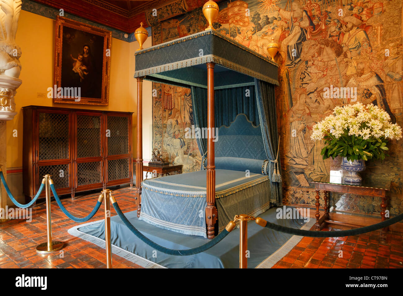 16th Century French Home - diane-de-poitiers-bedroom-chateau-chenonceau-france-renaissance-four-CT97BN_Most Inspiring 16th Century French Home - diane-de-poitiers-bedroom-chateau-chenonceau-france-renaissance-four-CT97BN  Pic_833916.jpg