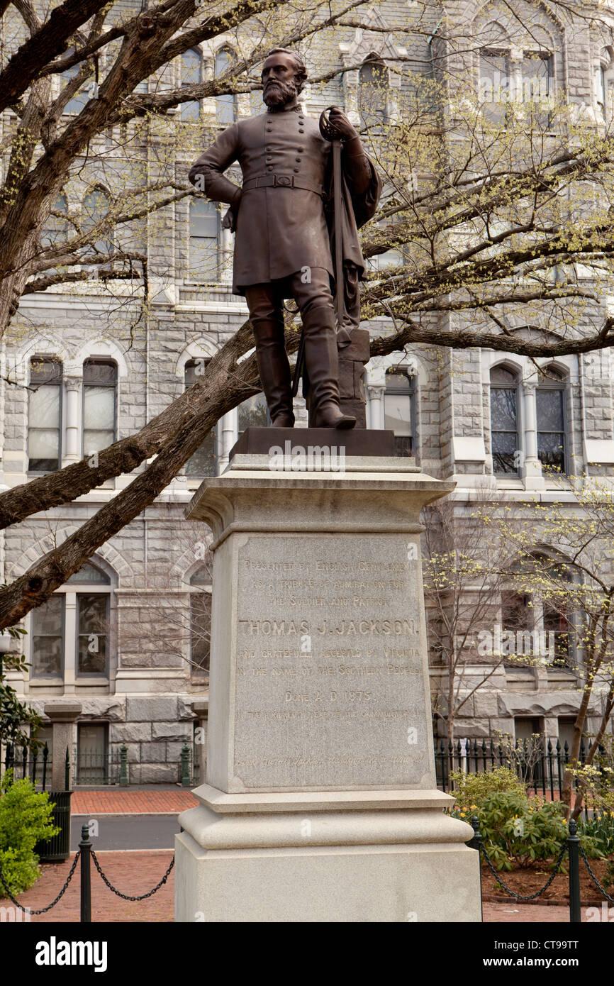 Statue of Thomas Jonathan 'Stonewall' Jackson, Richmond, Virginia. - Stock Image