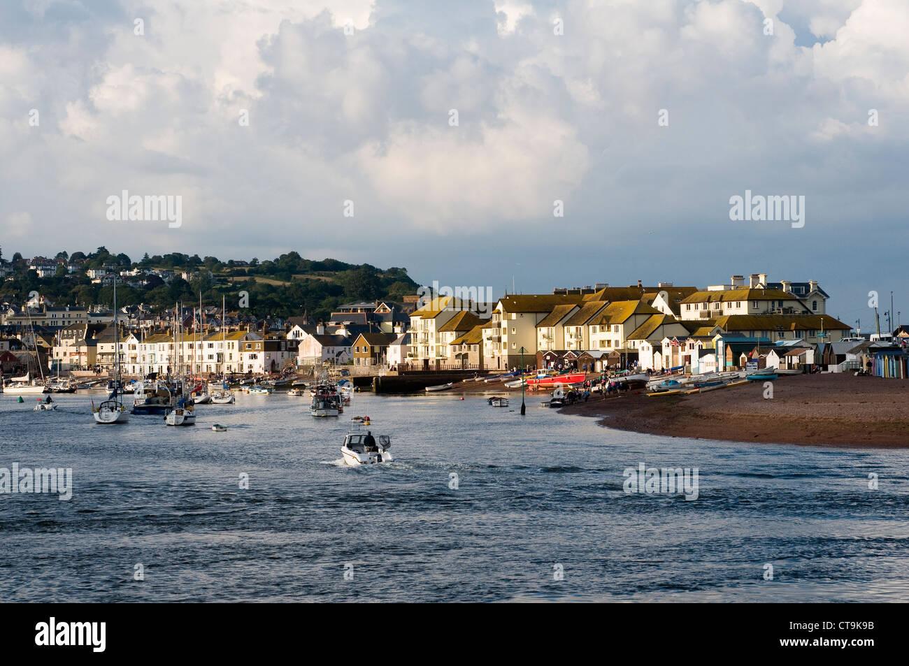Back Beach,Teignmouth,Devon, devon, dinghy, fish, fisherman, houses, keel, low, pier, reflect, reflection, river, - Stock Image