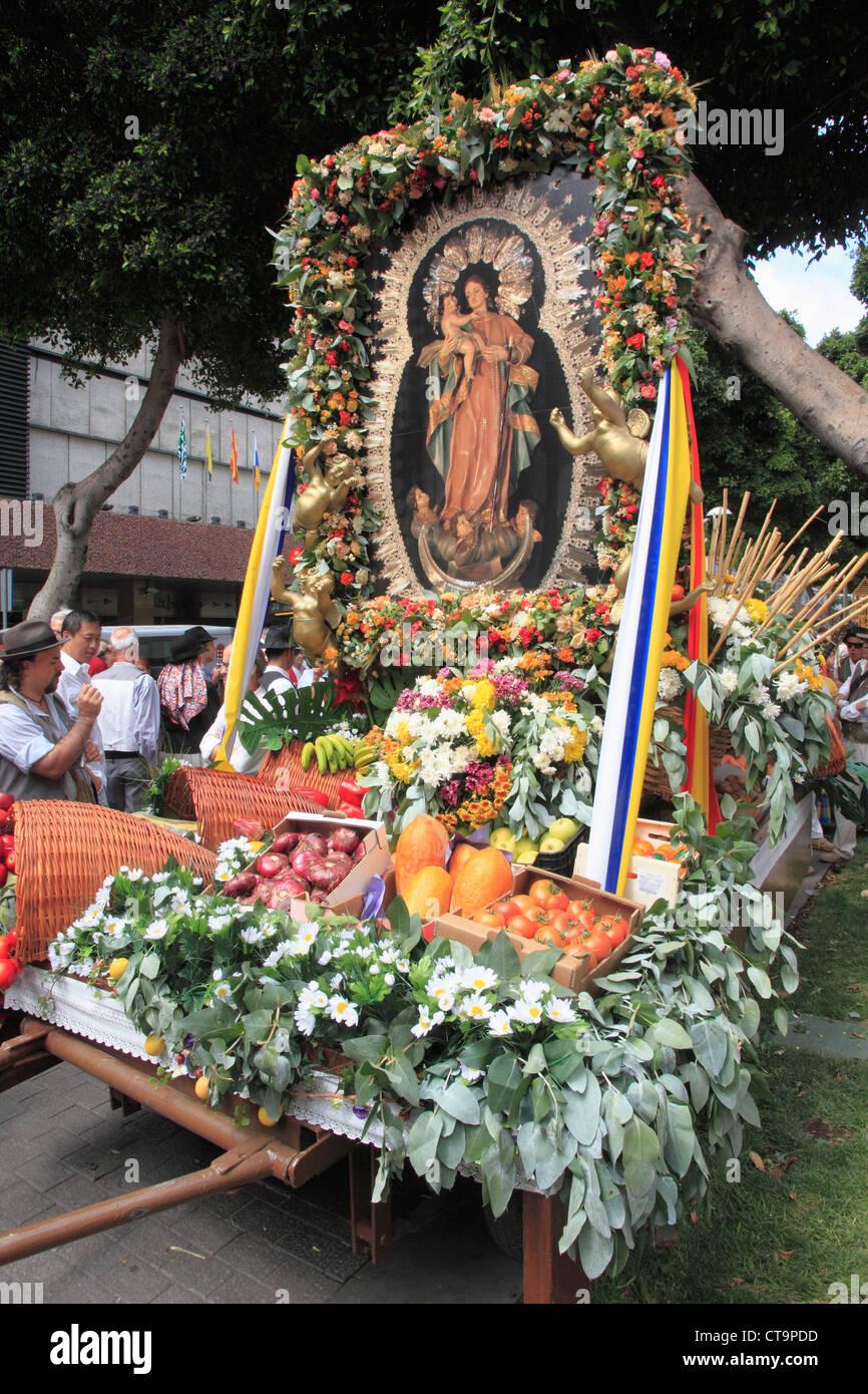 Spain, Canary Islands, Gran Canaria, Las Palmas, Dia de las Canarias, festival, procession, religious image, - Stock Image