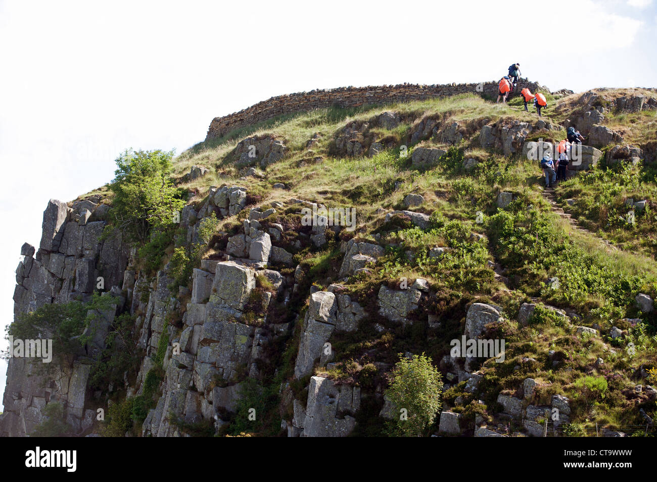 Hill walkers, Hadrian's Wall,  Steel Rig, Northumberland, UK. - Stock Image
