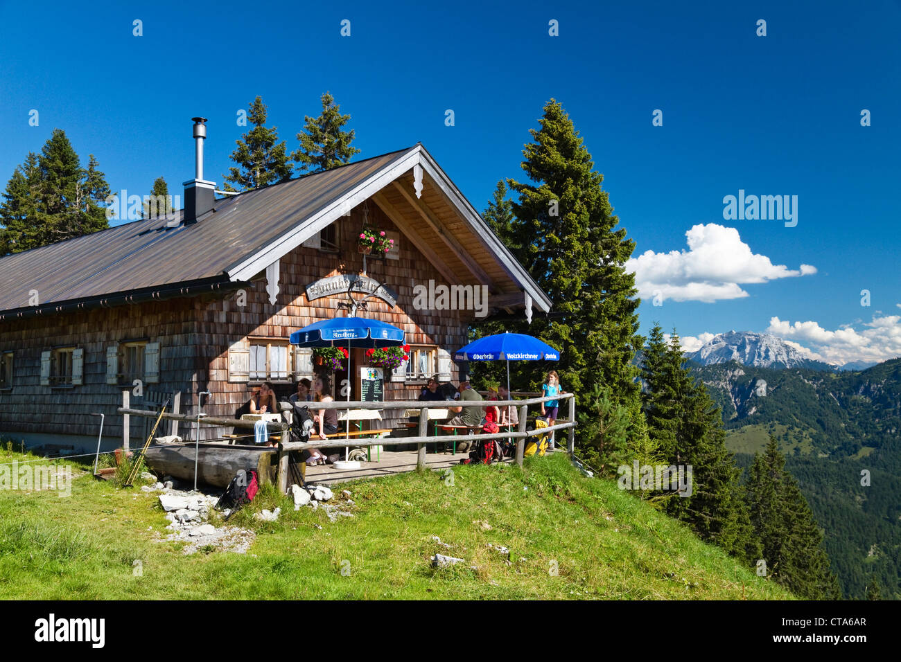 Alpine hut Sonnbergalm, Mangfall mountains, Bavarian Prealps, Upper Bavaria, Germany - Stock Image