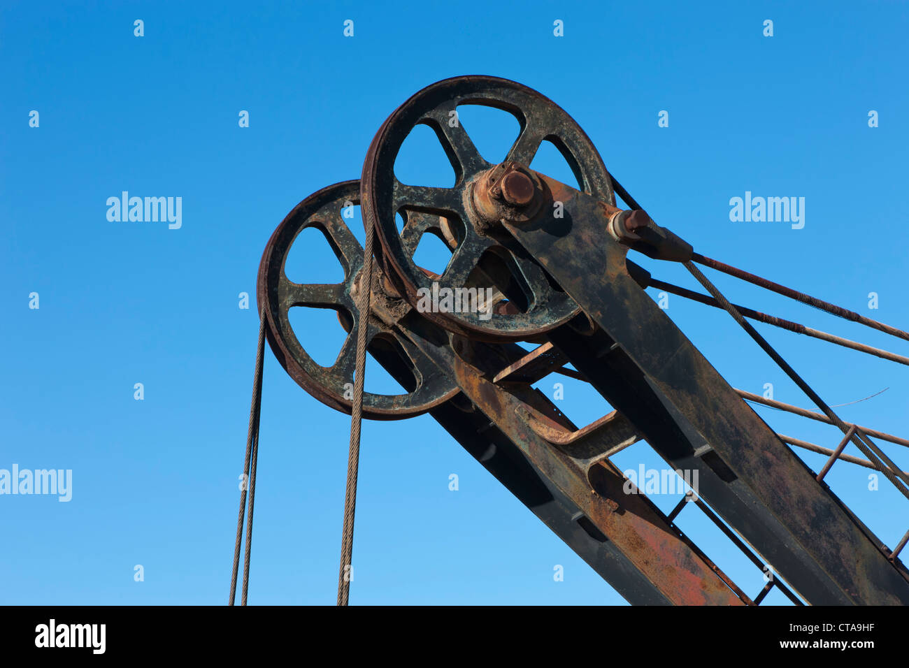 Detail of pulley system of discarded mechanical digger at Minas de Rio Tinto, Huelva Province, Andalusia, southern - Stock Image