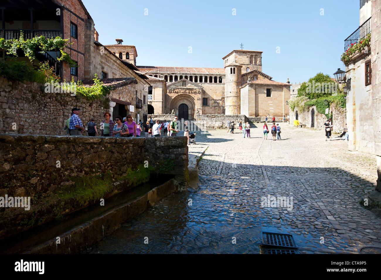 Colegiata de Santillana del Mar, old town, Santillana del Mar, Cantabria, Spain - Stock Image