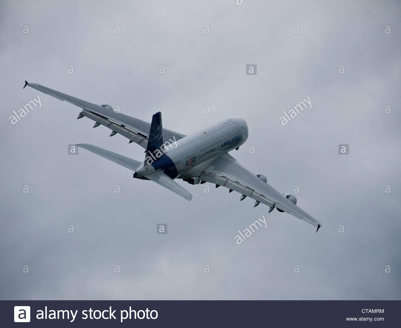 Airbus A380 Airbourne Farnborough 2012 - Stock Image