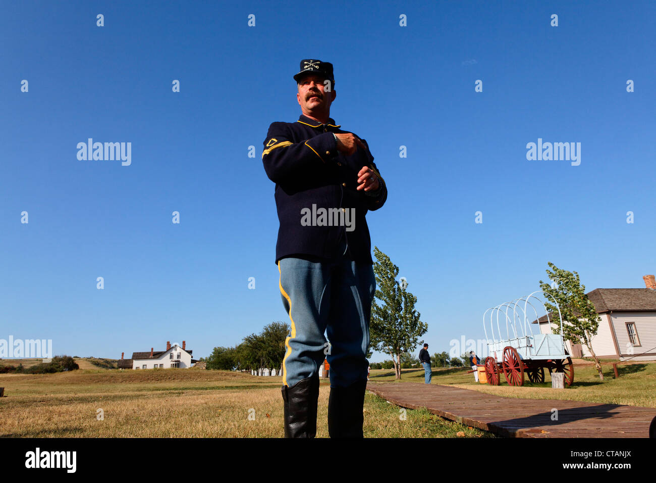 Guide dressed up as an American soldier, Fort Abraham Lincoln State Park, General Custers House, Bismarck, Burleigh - Stock Image