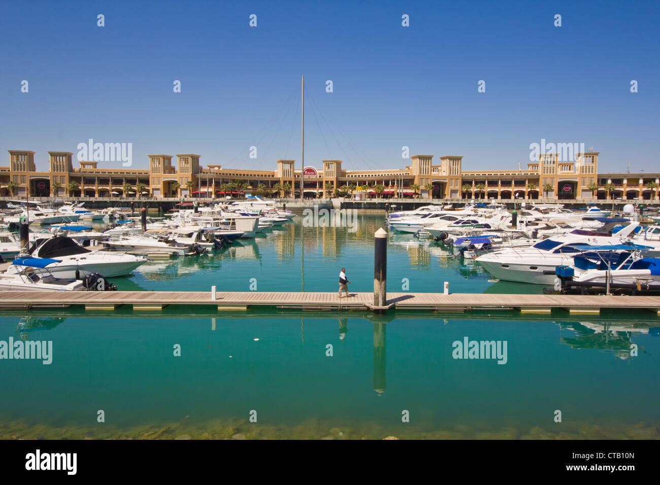 arabia architecture islamic  kuwait gulf arabian marina yacht - Stock Image