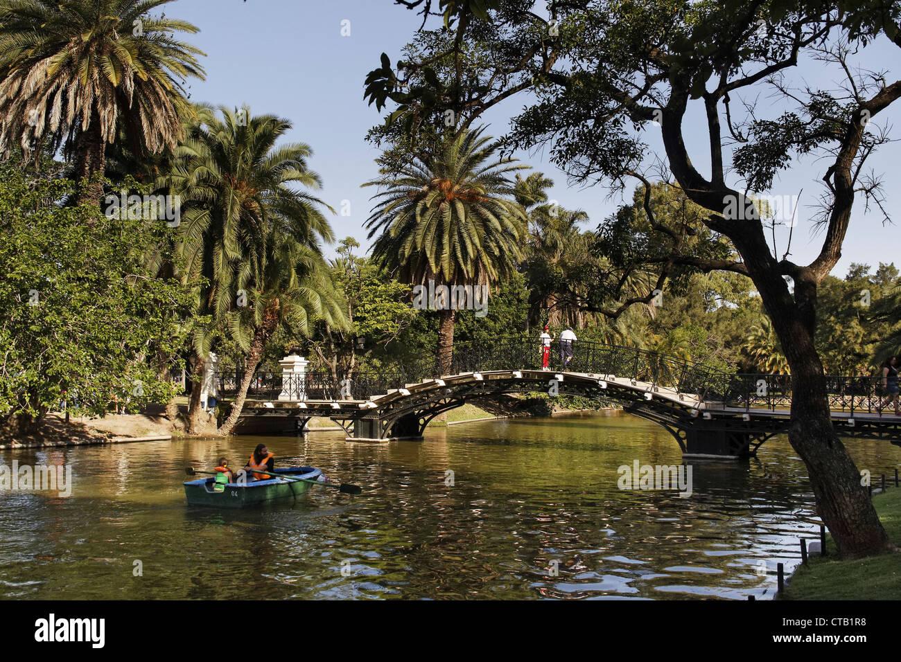 Parque Tres de Febrero, rowing boat on the channel, Bosque de Palermo, Buenos Aires, Argentina - Stock Image