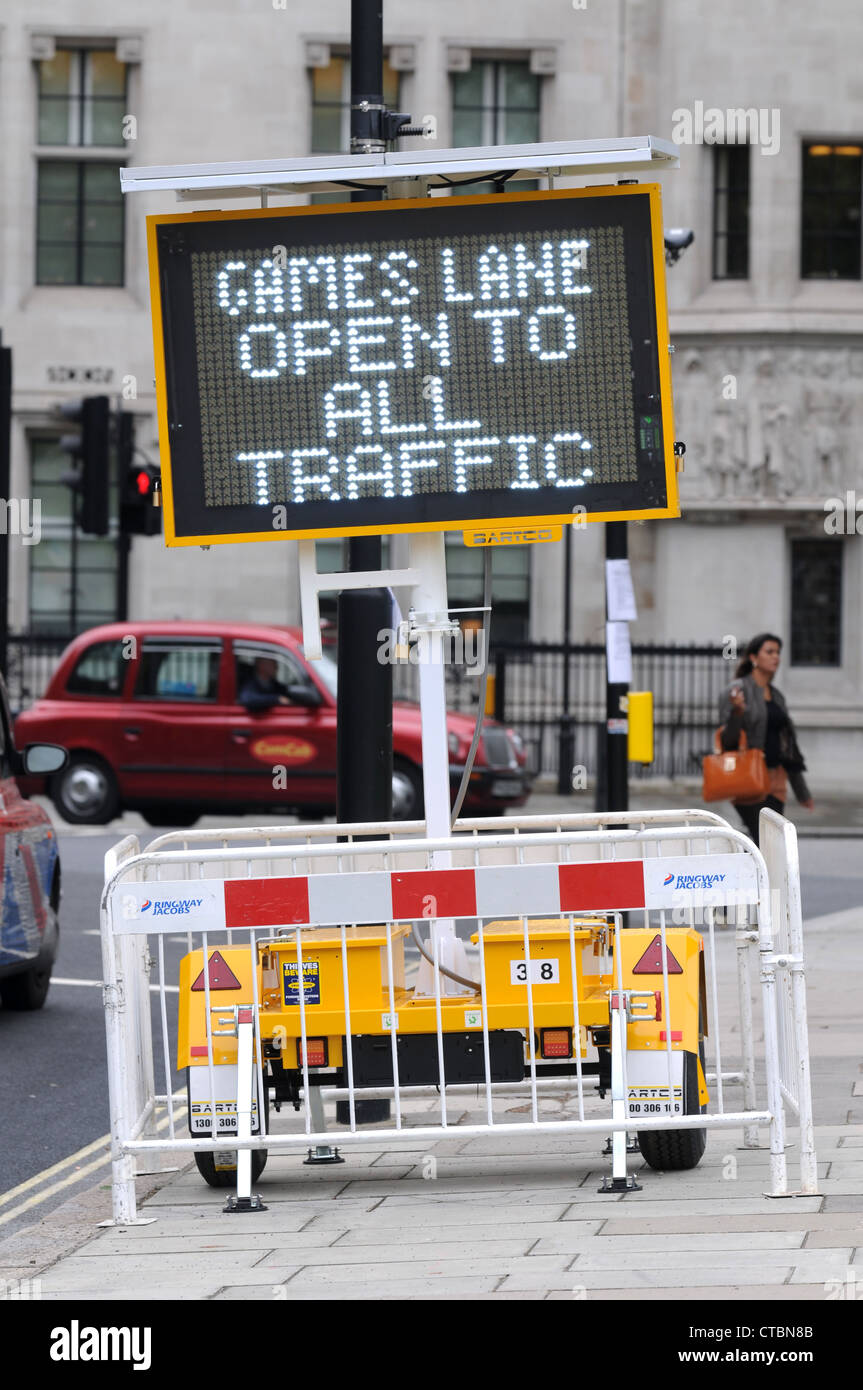 Olympic Games traffic lane open to all traffic, London, Britain, UK - Stock Image