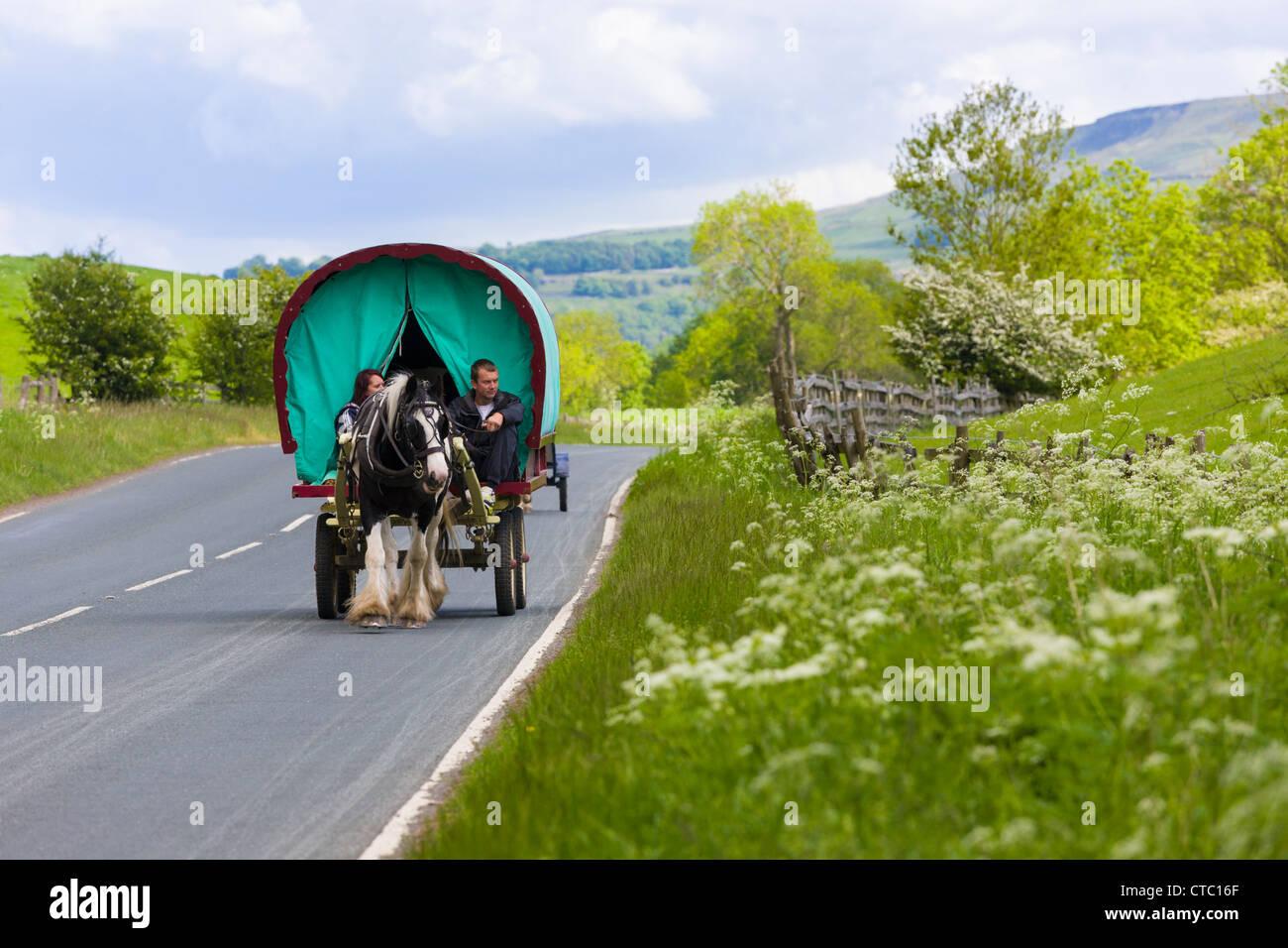 Gypsy caravan, Wharfedale, Yorkshire - Stock Image