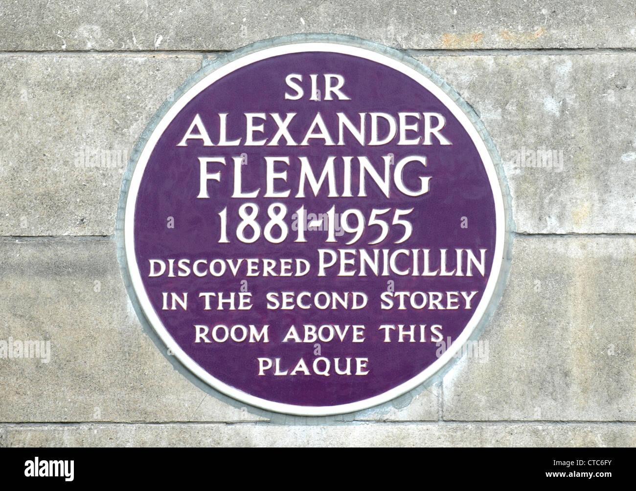 Memorial Plaque to Sir Alexander Fleming, Paddington, London, Britain, UK - Stock Image
