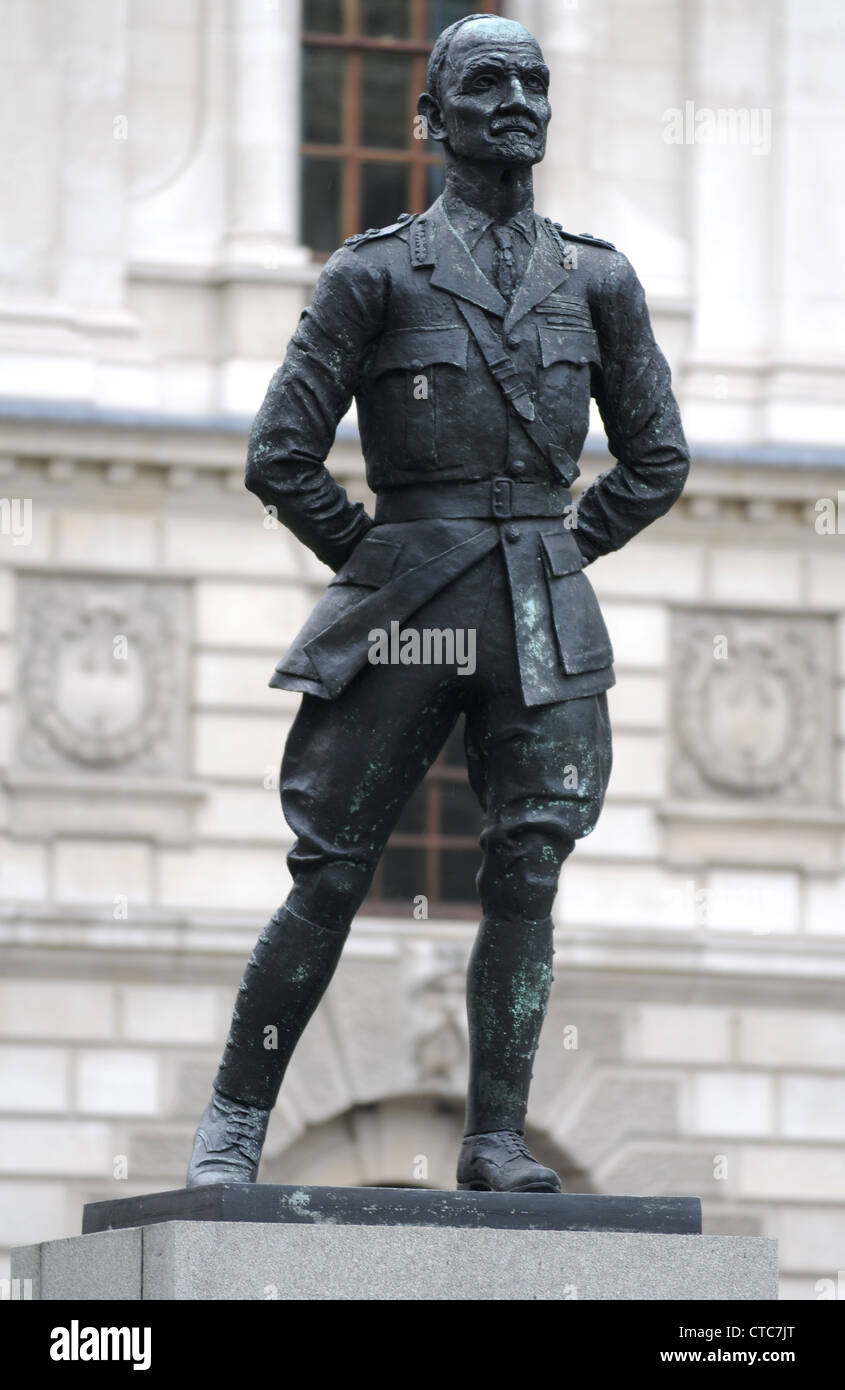 Jan Christian Smuts statue in Parliament Square, London, Britain, UK - Stock Image