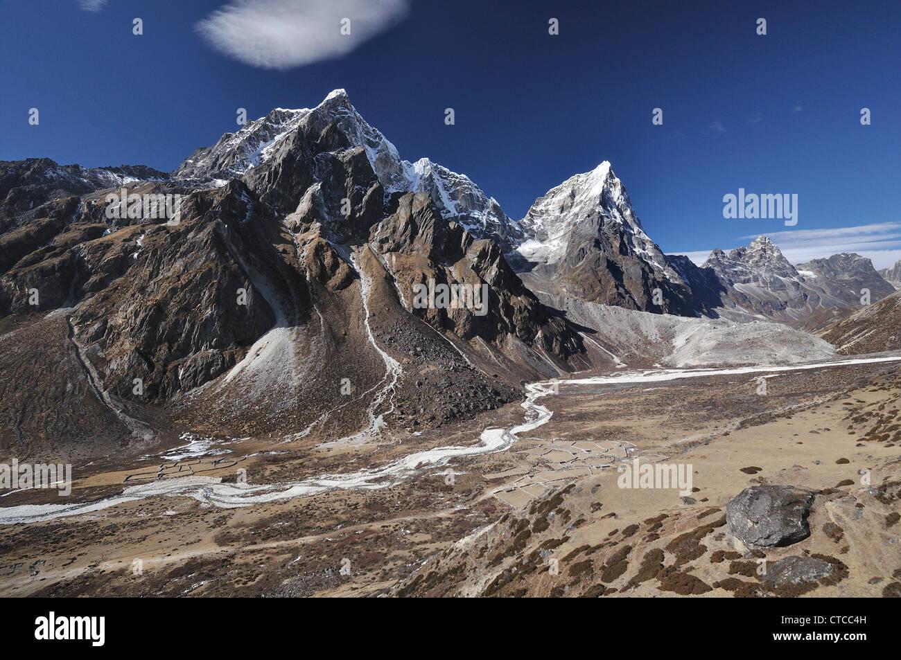 Nepal. Pheriche Pass From Tengboche - Stock Image