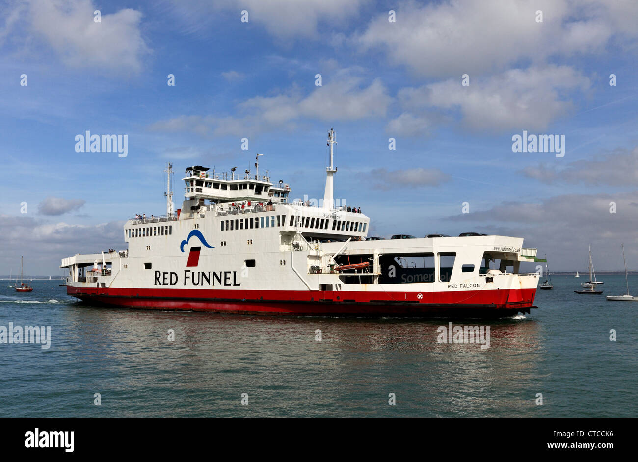 4089. Red Funnel Ferry arriving in Cowes, Cowes, Isle of Wight, UK - Stock Image