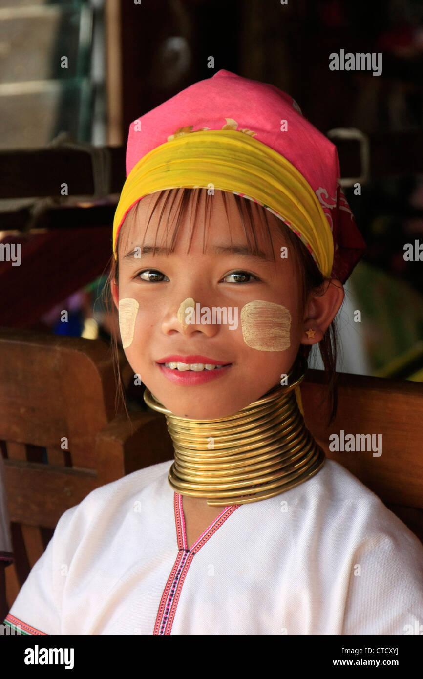 Bp necked girl photo speaking