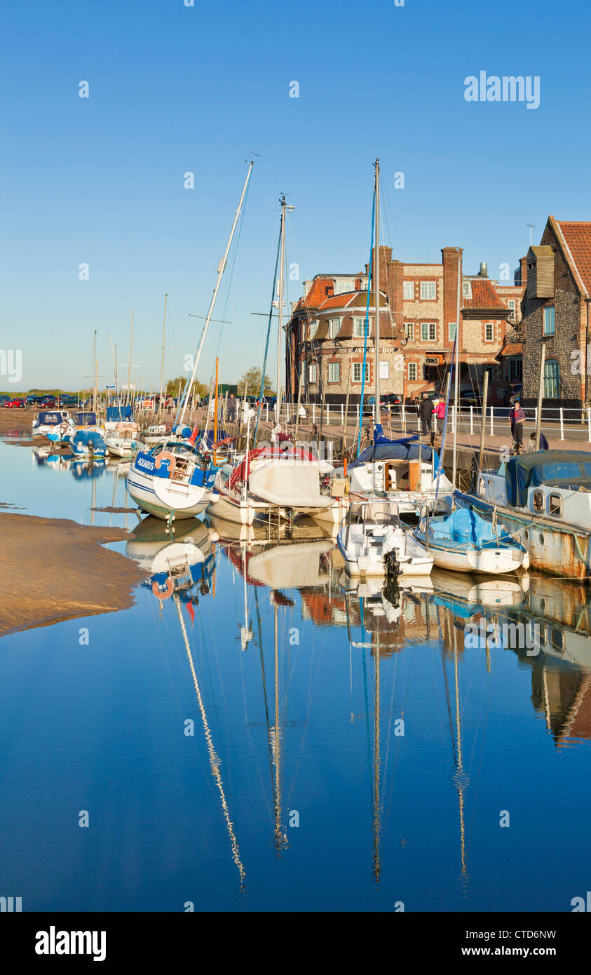 boats and yachts at Blakeney at low tide Norfolk East Anglia England UK GB EU Europe - Stock Image