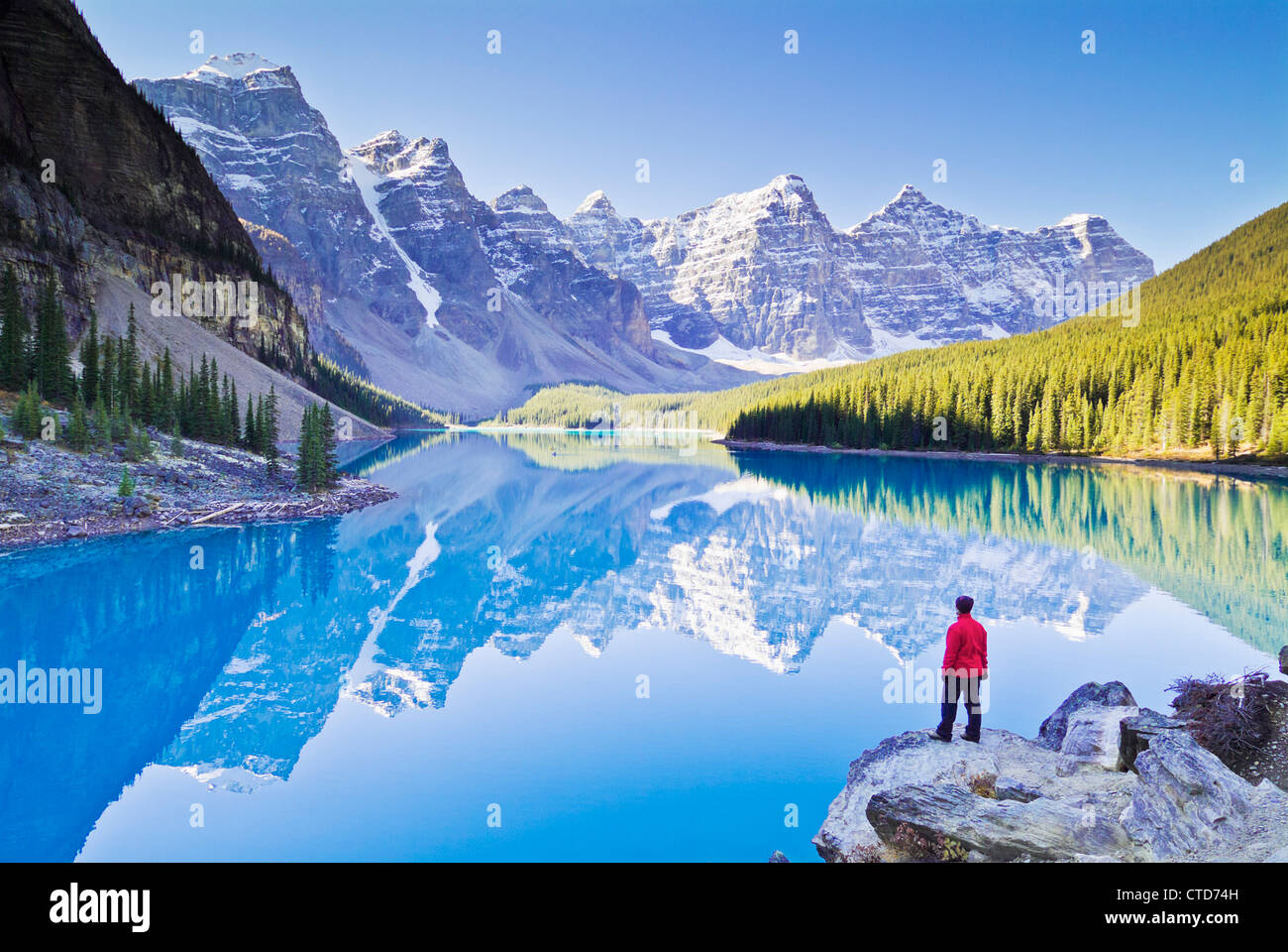 Valley of the Ten Peaks and glacial Moraine Lake Banff National Park Canada North America Alberta - Stock Image
