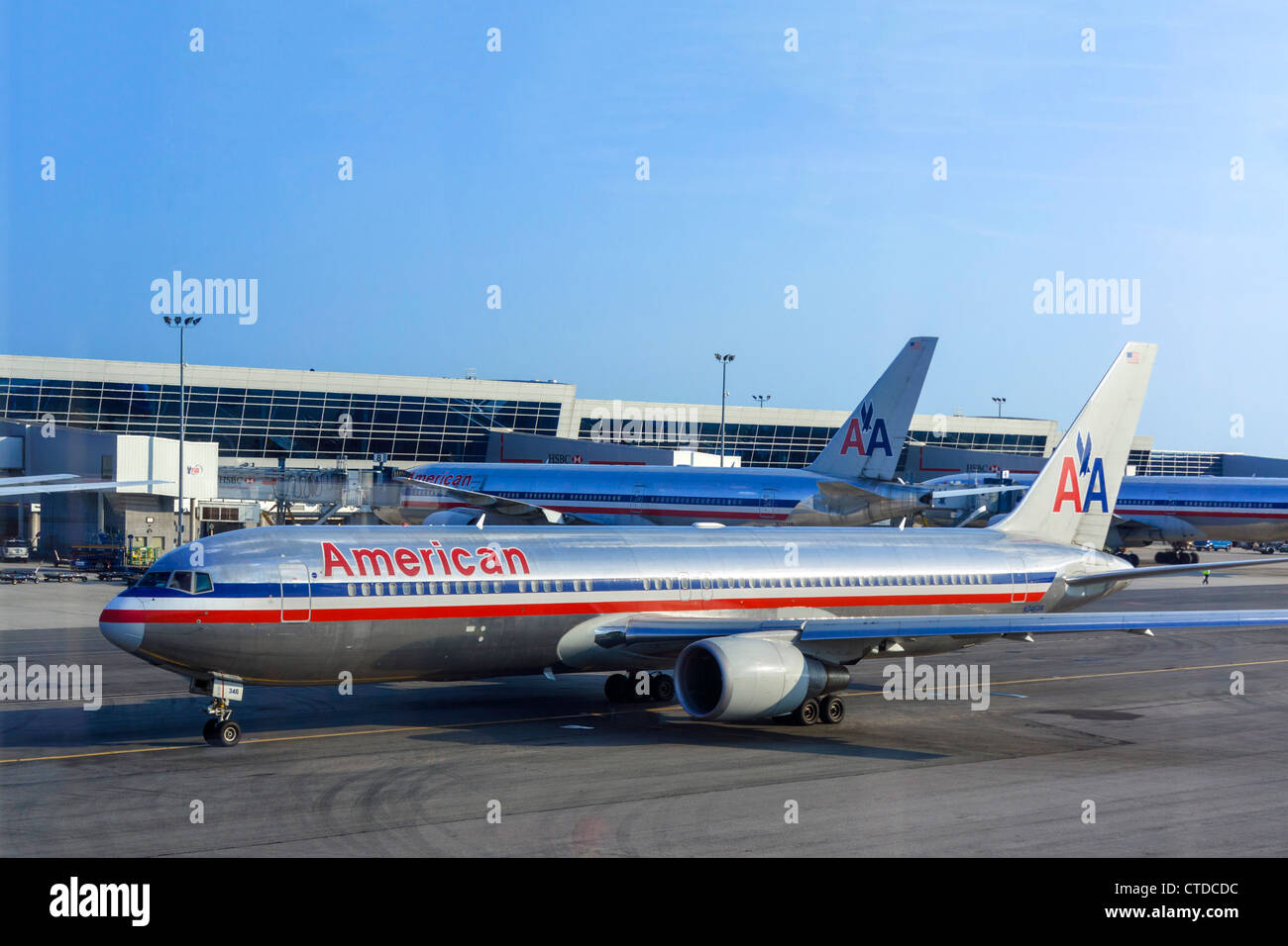 An American Airlines Boeing 767-300 aircraft taxiing from the gate at JFK Airport, New York, USA - Stock Image