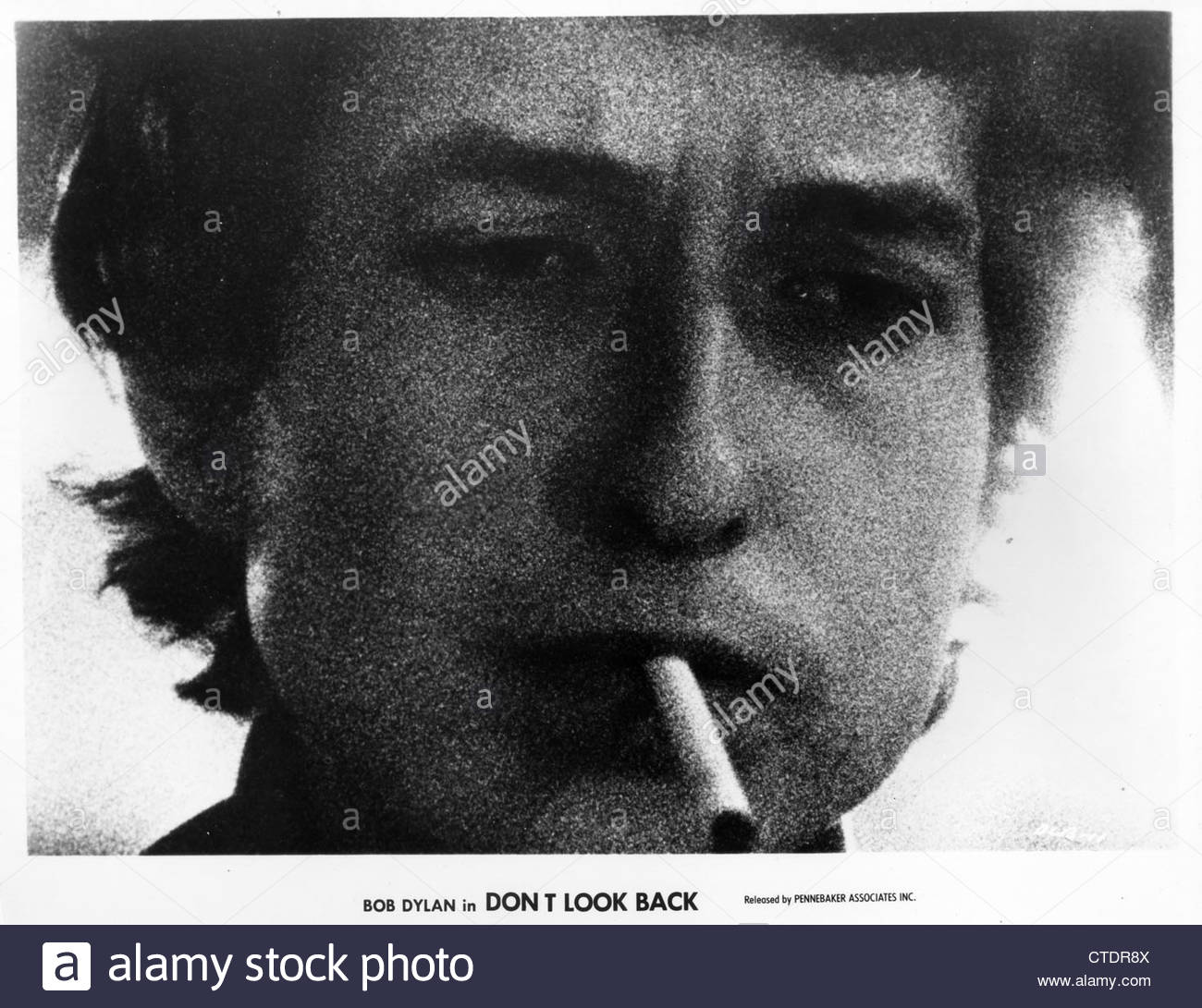 Bob Dylan in a still from the 1967 documentary film Don't Look Back. Photo Courtesy Granamour Weems Archive. - Stock Image