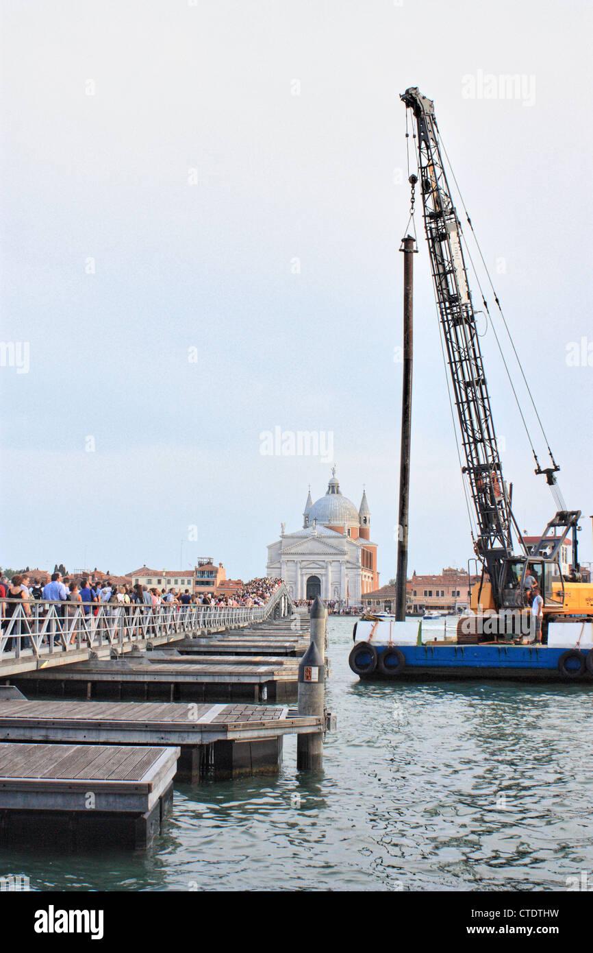 Pontoon bridge build for Festa del Redentore 2012, Venice, Italy - Stock Image