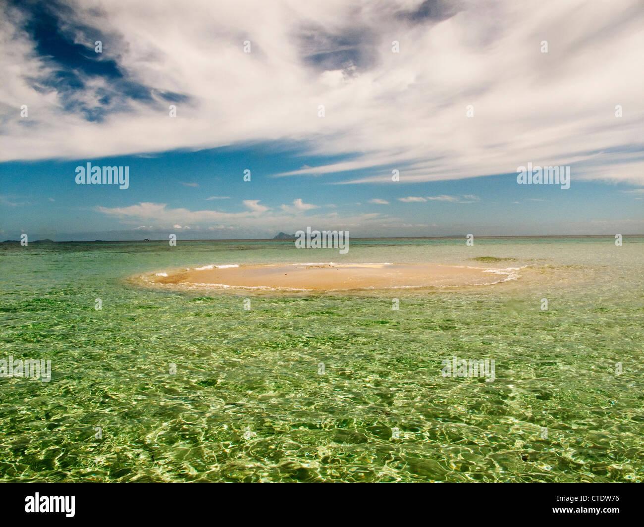 Navini Island, Fiji, sandbar - Stock Image