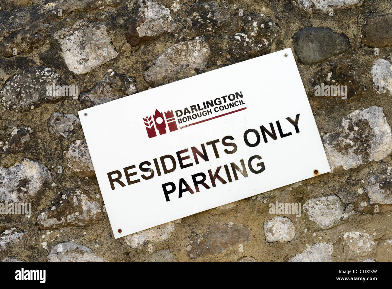 Residents only parking sign in borough of Darlington, County Durham - Stock Image