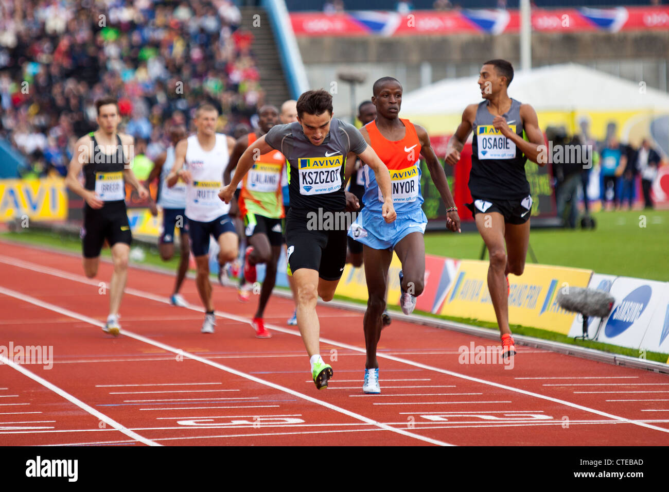 Adam KSZCZOT Job KINYOR & Mens 800m, Aviva London Grand Prix, Crystal Palace, London 2012 - Stock Image